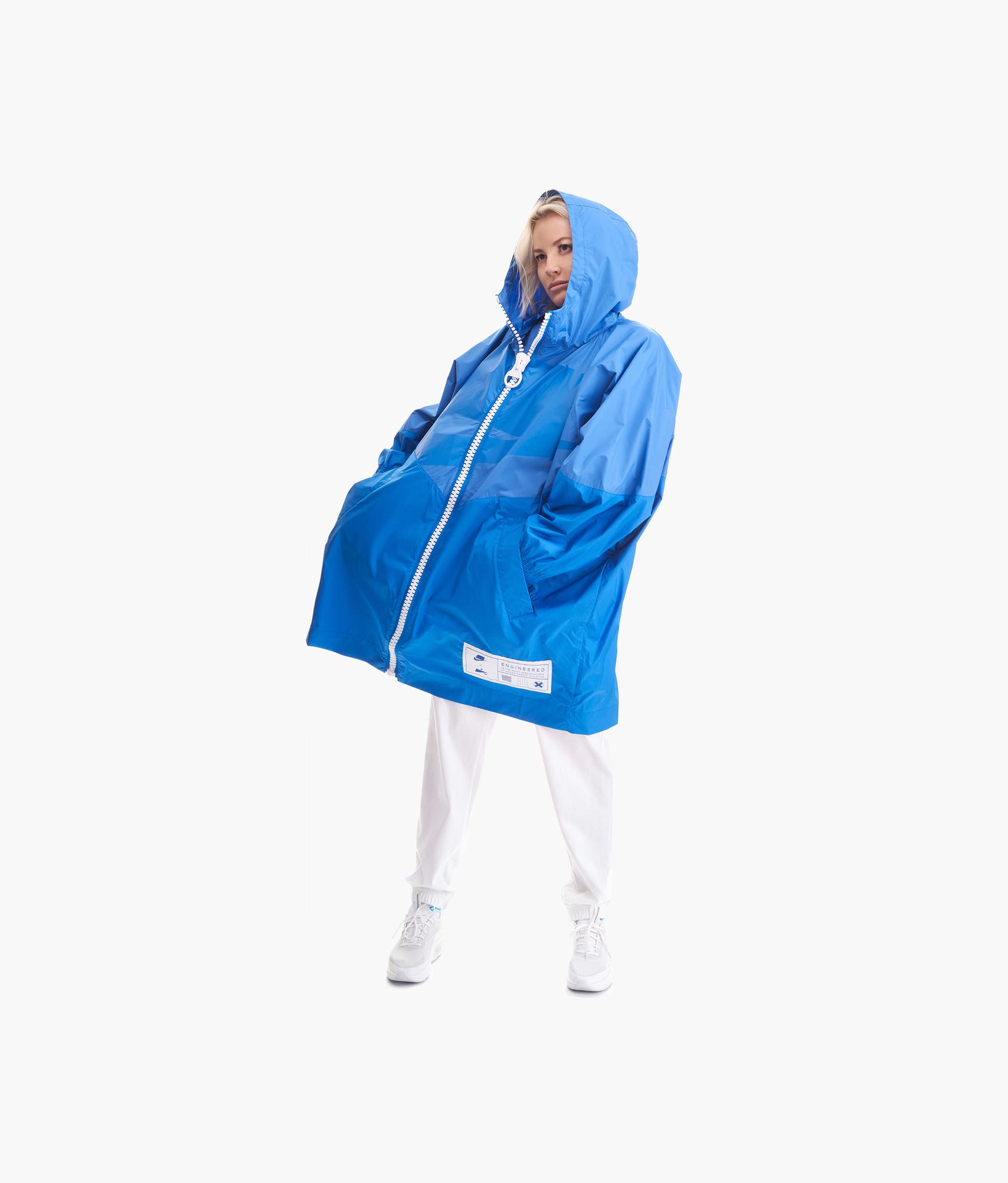 цена на Плащ женский Nike Nike Цвет-Синий